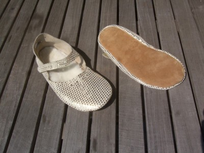 Soft Cream/Star Barefoot Mary Jane Moccasin