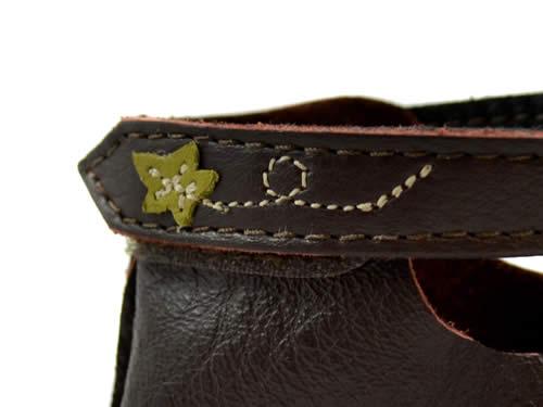 pumpkin-shoes-strap-closeup