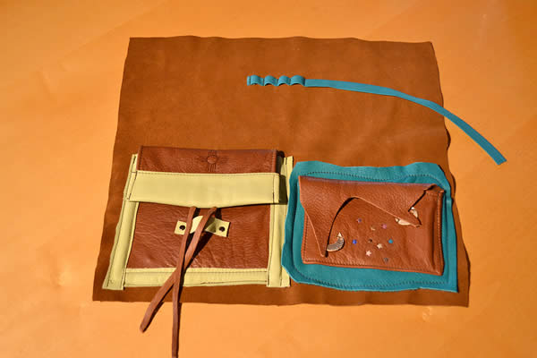 handmade-leather-portfolio