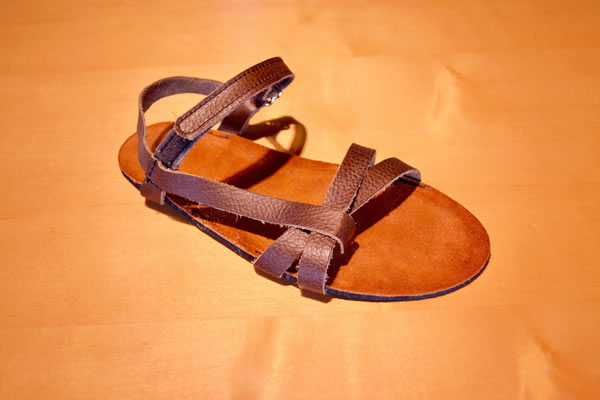 unisex-leather-sandal-design