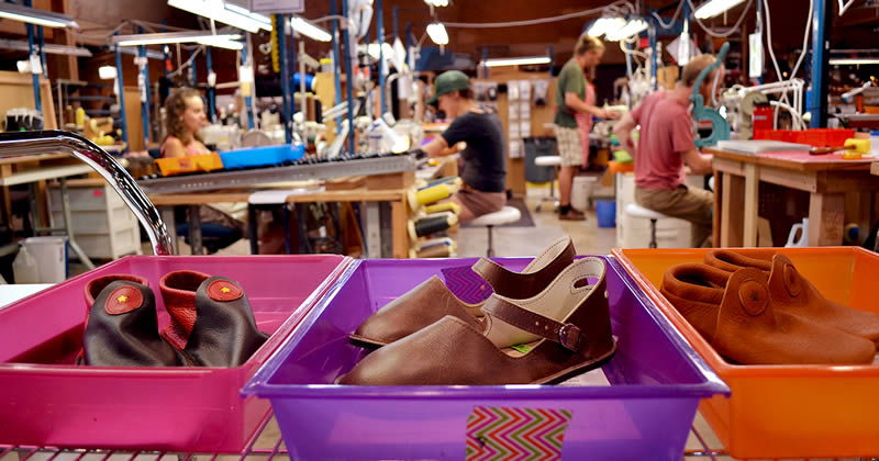 Lean Elves: Shoemaking with Rhythm