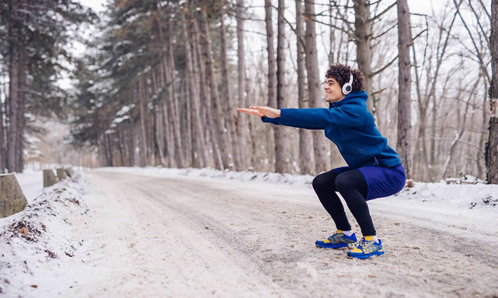 winter-squat-running-warmup